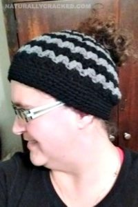 Crochet Messy Bun Hats #DIY